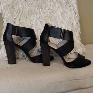 Kenneth Cole NY Strappy Leather heels